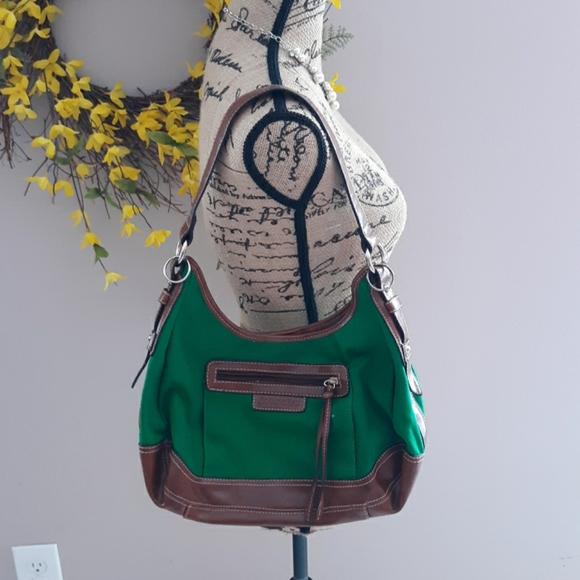 St. John's Bay Handbags - 🎄🎁Bright Green Purse🎄🎁